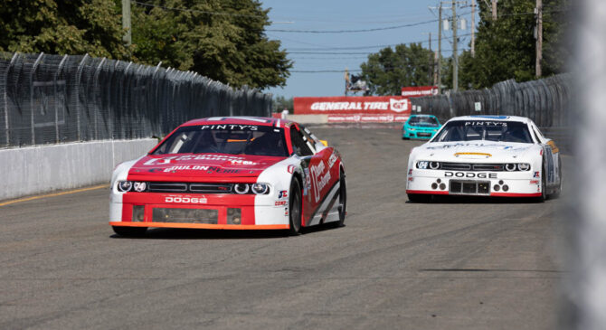 An Intense NASCAR PINTY'S Finale For Kevin Lacroix at Delaware Speedway